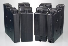 Compact jerrycans, electroconductive